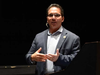 New Cherokee chief addresses employees: Richie Sneed calls for collaborative, equitable government