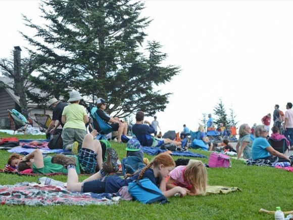 Eighty-six seconds of sunlessness: Eclipse viewers throng to Clingmans Dome