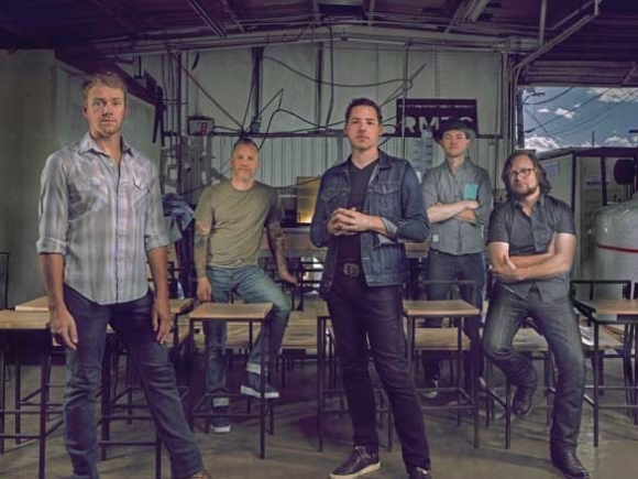 Winds of Change: The Infamous Stringdusters hit WNC