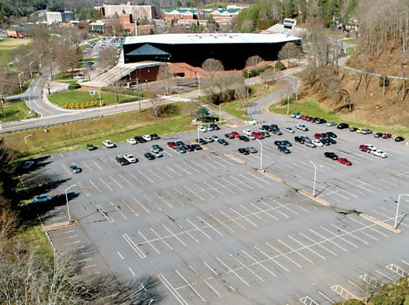 Parking decks planned for Western Carolina