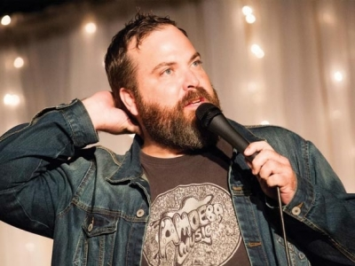 Turning to face yourself: Comedian Dave Stone comes to Franklin