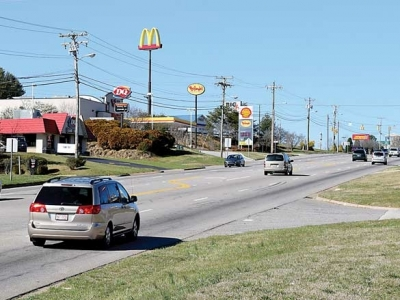DOT to ditch 'suicide lane' on 441 in Franklin