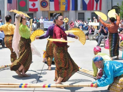 Below the waterline: Folkmoot 2016 looks at more than just the tip of the iceberg