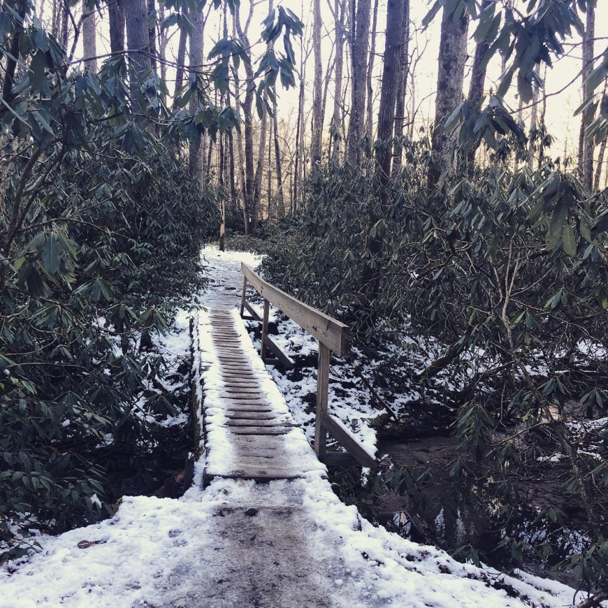 Tips for hiking through the winter