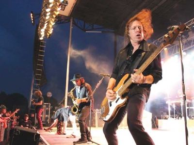Bassist Jeff Pilson of Foreigner.