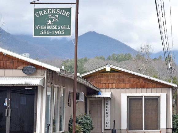 Sylva's Creekside Oyster House to expand