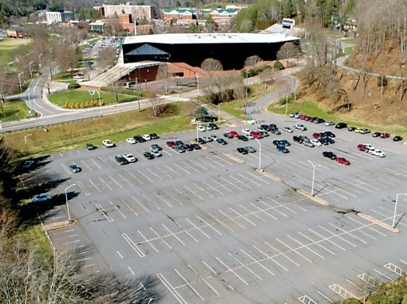 Parking decks planned for Western Carolina