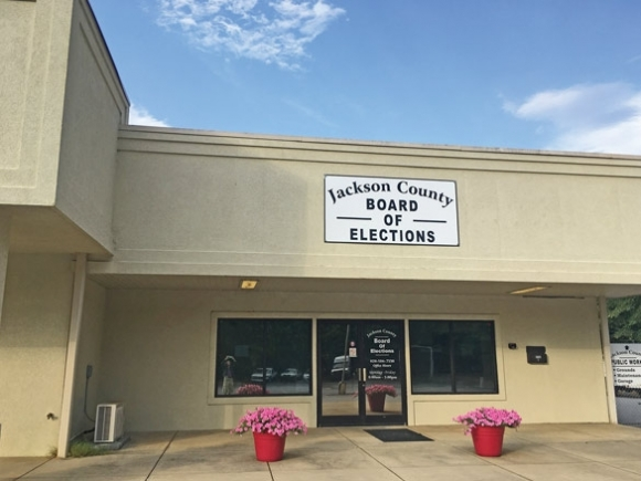 Jackson commissioners and elections boards disagree over budget authority