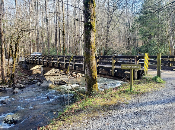 Closure extended for Greenbrier area