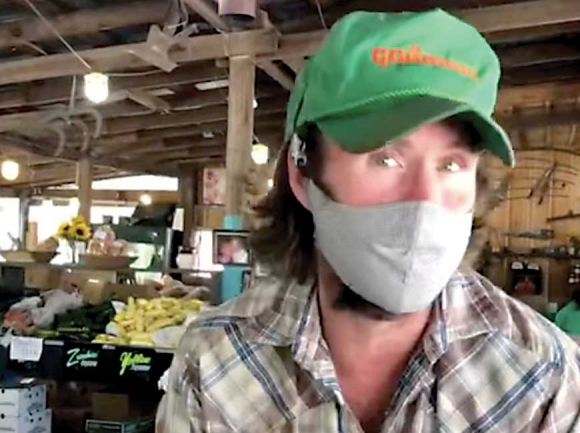 Nate Darnell of Darnell Farms gives a behind-the-scenes video tour of the fruit stand, which is currently operating as a drive-through. Darnell Farms video